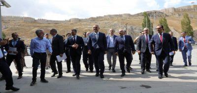 Kültür Ve Turizm Bakanı Ersoy Van Urartu Müzesi'ni Gezdi