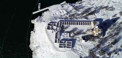 """""""Beyaz gelinliğini"""" giyen Akdamar Adası ziyaretçileri büyülüyor"""